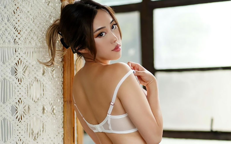 chinese girl for marriage in underwear